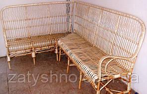 Угловой плетеный диван