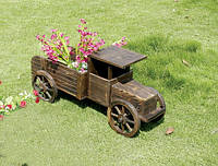 Ретро автомобиль для сада