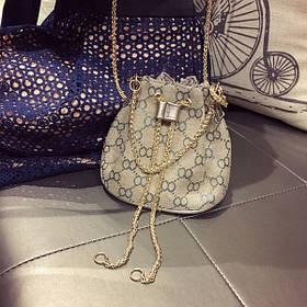 Женский рюкзак  с цепочкой