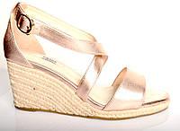 Босоножки женские Prada розово - золотые из натуральной кожи на танкетке,брендовые босоножки