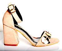 Босоножки женские LV  пудра замш на каблуке,брендовые босоножки