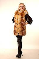 Женская жилетка из меха лисы. Расшивка елочка
