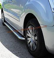 Боковые пороги  площадка c листом (нержавеющем) короткая база D60 на Hyundai H1 2008