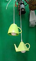 Акриловая люстра,чайник,чашка.
