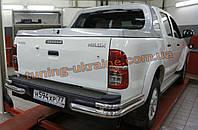 Защита заднего бампера уголки двойные D60-42 на Toyota Hilux Vigo 2012