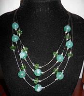 Колье с зелеными кристаллами и бусинами