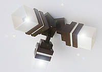 Светильник потолочный на три плафона  размер 52х43х25см