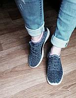 Кроссовки спортивные Adidas женские Yeezy Boost
