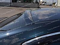 Спойлер на стекло Toyota Avensis 3 T27 (спойлер заднего стекла Тойота Авенсис 3 Т27)
