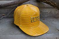 Кепка желтая с прямым козырьком
