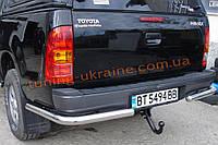 Защита заднего бампера уголки одинарные D60 на Toyota Hilux 2005-2011