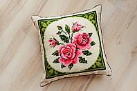 Подушка декоративная Яркие цветы