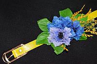 Желтый лаковый пояс с цветами, 65/60 (цена за 1 шт. + 5 гр.)