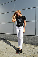 Черная футболка от бренда ANN