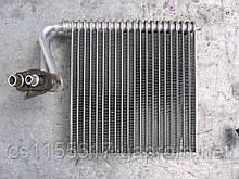 Радиатор кондиционера б/у на Citroen Berlingo, Peugeot Partner 1998-2003 год (для авто с кондиционером)