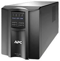 Источник бесперебойного питания APC by Schneider Electric Smart-UPS 1500VA LCD 230V
