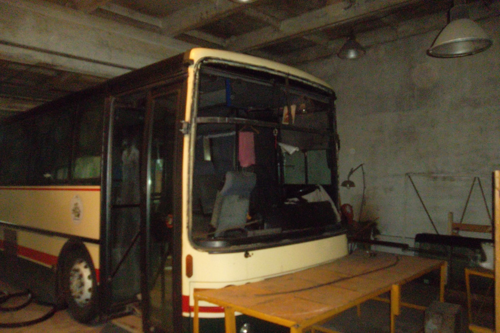 Замена лобового стекла на автобусе Van Hool Alizee 5