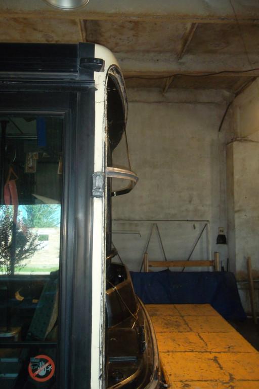 Замена лобового стекла на автобусе Van Hool Alizee 7