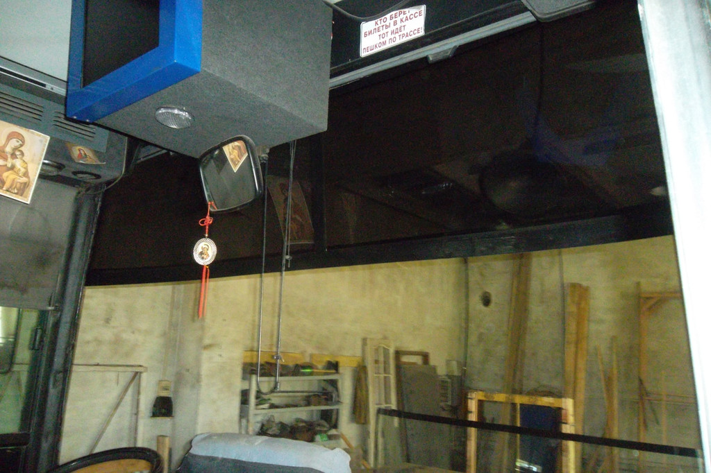 Замена лобового стекла на автобусе Van Hool Alizee 11
