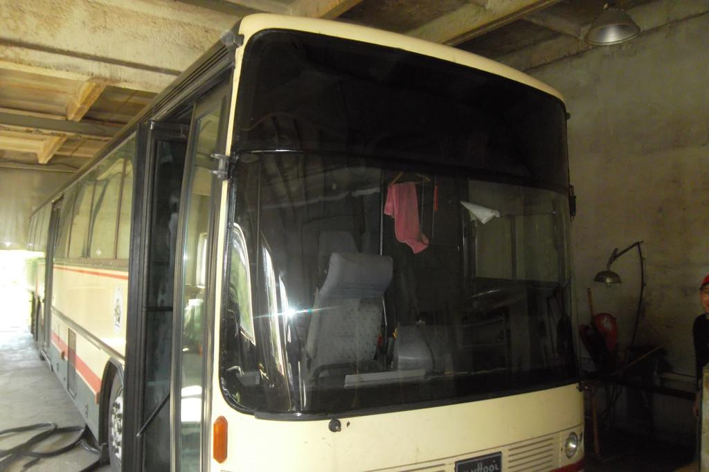 Замена лобового стекла на автобусе Van Hool Alizee 16