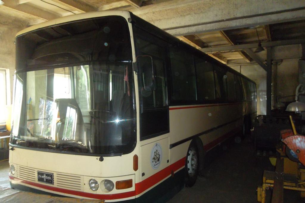 Замена лобового стекла на автобусе Van Hool Alizee 19
