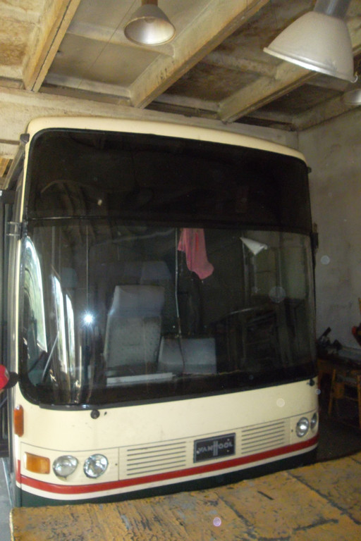 Замена лобового стекла на автобусе Van Hool Alizee 21