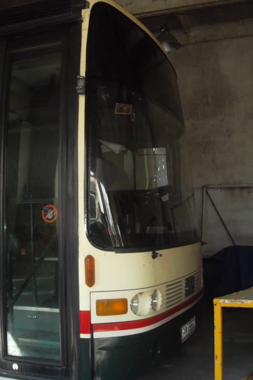 Замена лобового стекла на автобусе Van Hool Alizee 22