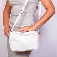 Белая прямоугольная сумочка - женская лаковая питон