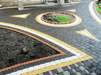Тротуарная плитка при устройстве прилегающей территории: преимущества и альтернативы.