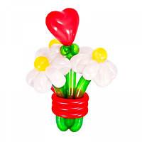 Букет из 3 цветов и сердцем