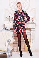 Полупальто Роуз  демисезонное черное с цветочным принтом прямого покроя без воротника