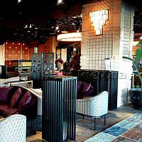 У новому столичному ресторані CHI була встановлена система виклику офіціанта.