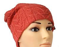Коралловая шапка с модной вяязкой