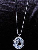 Стильное колье подвеска на цепочке с кристаллами