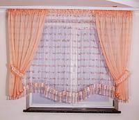 Красивая кухонная занавеска с тюлем