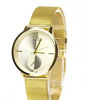 Часы женские Calvin Klein кварцевые, золотистые