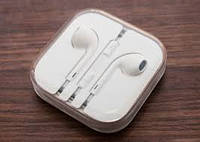 Наушники EarPods для iPhone/iPod/iPad White