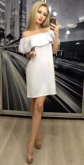Платье женское с открытыми плечами свободного фасона ft-253 белое