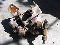 Кран управления тормозами прицепа Wabco 9730025217 б/у на Mercedes: LK/LN2, 809, 814 год 1984-1998