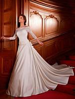 Свадебное платье с атласной юбкой и гипюровым корсетом Ника