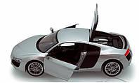 Модель автомобиля Ауди R8
