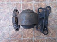 Подушка крепления двигателя нижняя Mazda 323 BG 1989 - 1994 гв. 1.7 d PN