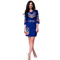 Платье электрик с цветочной вышивкой Мальва