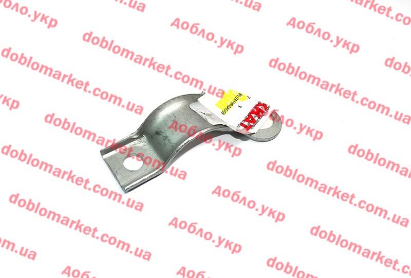 Скоба втулки переднего стабилизатора внутренняя правая Doblo 2000-2016 (OPAR), Арт. 46804557, 46804557, FIAT