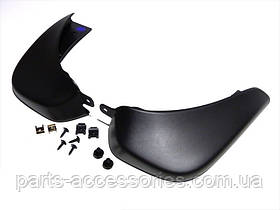 Задние брызговики Nissan Juke 2011-15 новые оригинал