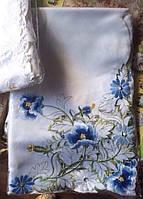 Скатерть атласная с машинной вышивкой цветы синие
