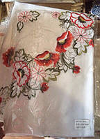Скатерть атласная с машинной вышивкой цветы маки