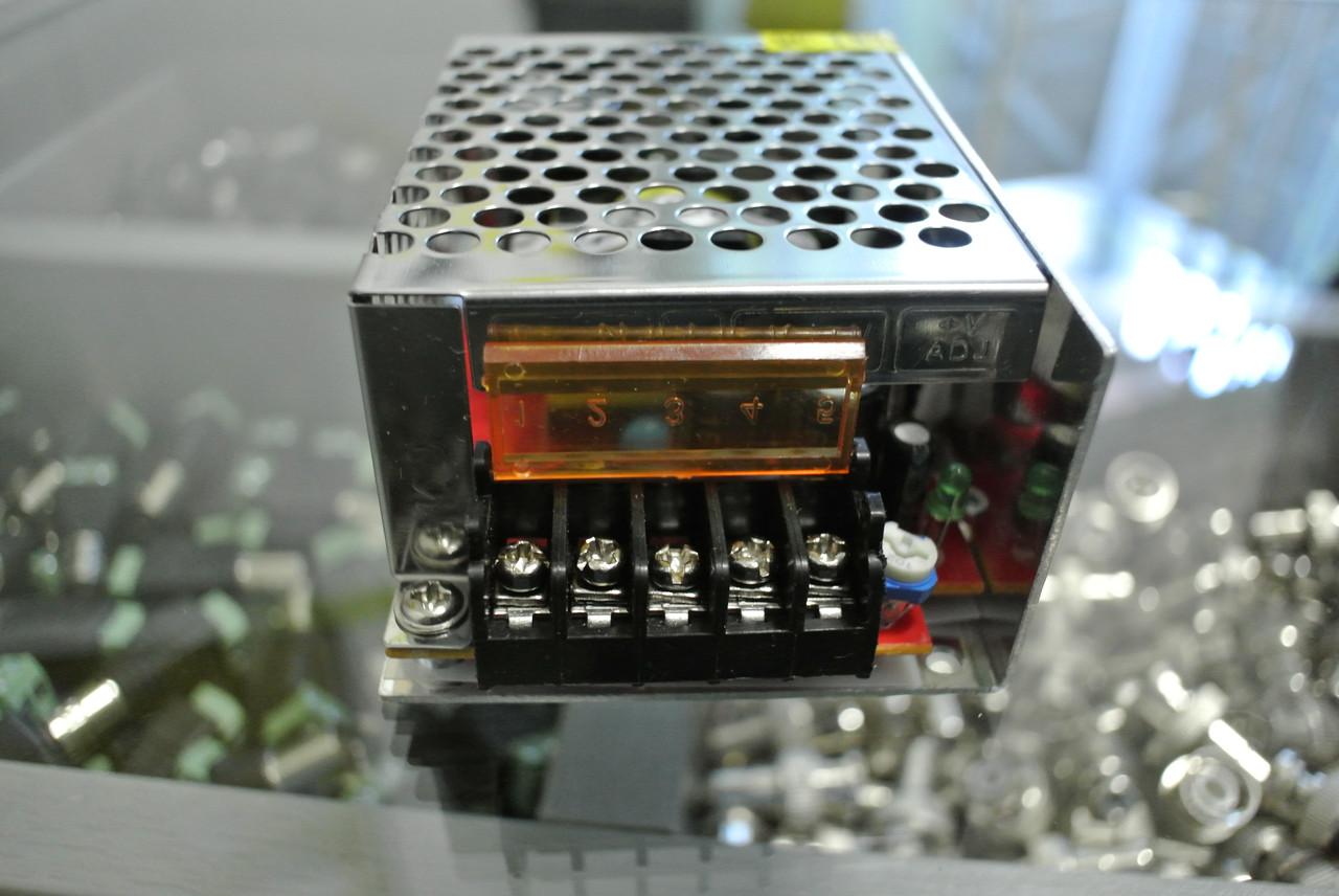 Блок живлення 12В 3 А 36 W (Маленький)