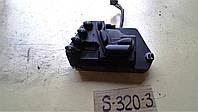Блок управления сиденьем п.л. Мерседес W220 2000г.в. 2208219351