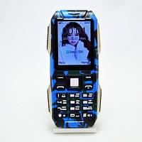 Противоударный телефон-Power Bank D500